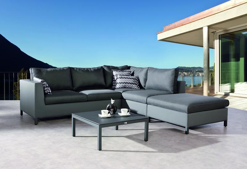Gartenmöbel Lounge mit Ergotext Oberfläche für höchsten Komfort