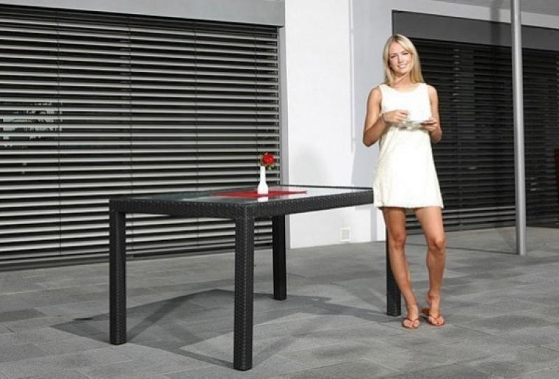 Rattan Garten-Essgruppen Malaga Set 0 Esstisch 150 cm + 4 Stapelstühle - Farbe: dunkelbraun