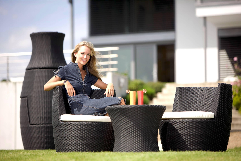 Rollo Rattan Lounge   Zum Vergrößern Anklicken; Vase Rattan Lounge