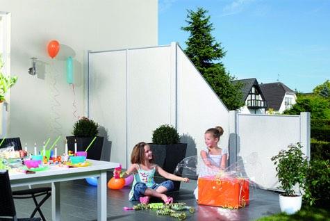 sichtschutz zaun g nstig selber bauen. Black Bedroom Furniture Sets. Home Design Ideas